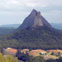 <desc>Glass House Mountains</desc>